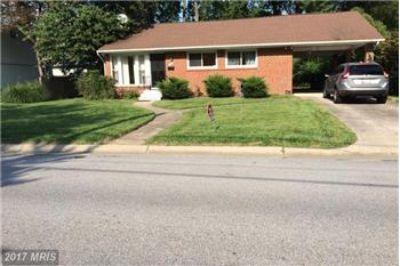 $2,690, 9811 Parkwood Drive - Ph. 301-461-8208
