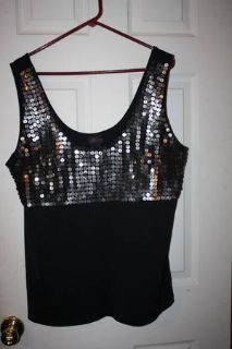 -Beautiful--TORRID -size 2x-- BlackSilver Sequin Top --NEWwo tags
