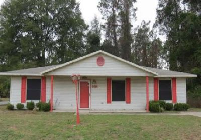 $1,095, 3br, Bedrooms -3 Bathrooms  -1,500 Sqfthome for rent