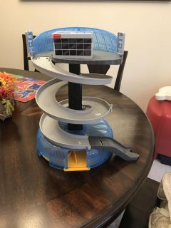 Collapsible Disney Cars Track