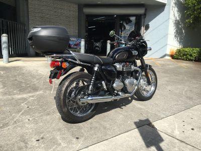 2017 Triumph Bonneville T100 Cruiser Motorcycles Hialeah, FL