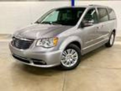 2014 Chrysler Town & Country Limited Pentastar 3.6L Flex Fuel V6 283hp 260ft.