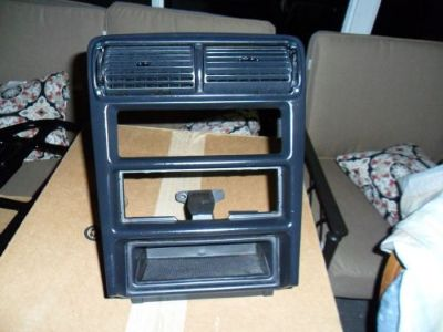 Buy 1998 FORD MUSTANG RADIO BEZEL motorcycle in Clermont, Florida, United States, for US $75.00
