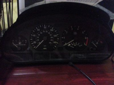 Sell BMW BMW 323i Speedometer (cluster), Sdn (E46), AT, MPH (US) 99 motorcycle in Seattle, Washington, United States, for US $75.00