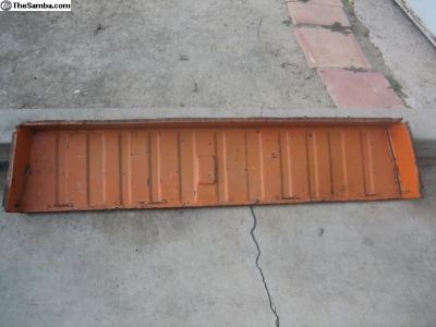 Thing rear upper shelf panel