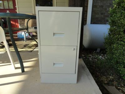 METAL FILE CABINET(two drawer)