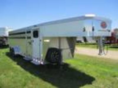2019 Sundowner Trailers 24' Showman GT