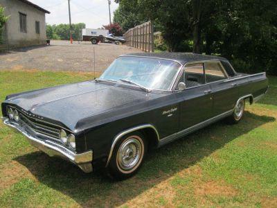 1963 Oldsmobile 98 (GRY)