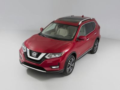 2019 Nissan Rogue (Pearl White Tricoat)