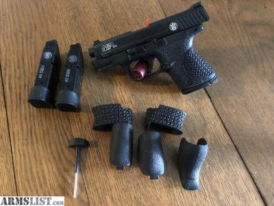 For Sale: Smith & Wesson M&P 40c with Trijicon Night Sights