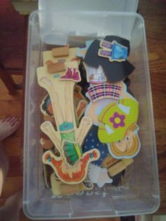 Magnetic dolls and clothes
