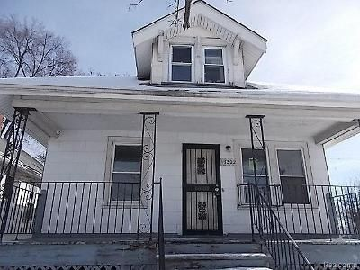 1.0 Bath Foreclosure Property in Highland Park, MI 48203 - Blake St