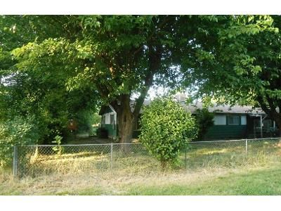2 Bed 1 Bath Foreclosure Property in Anderson, CA 96007 - Pleasant View Dr