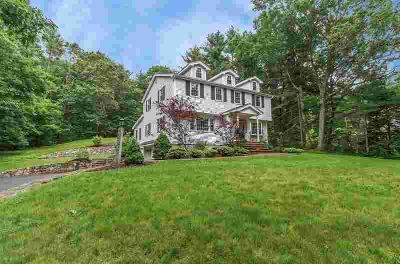 214 Causeway St MEDFIELD, Move right into this gorgeous 4