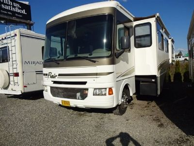 2005 Flair 34F Triple Slide Triple Slide Motorized Class A