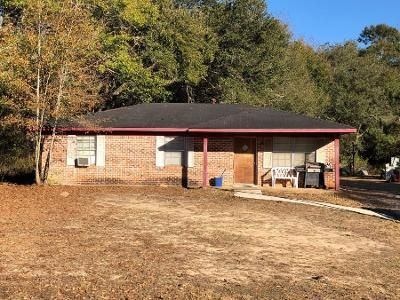 3 Bed Preforeclosure Property in Foley, AL 36535 - Angie Dr