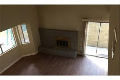 New Remodeled front house quadplex 1800 soft living area. 2 Car Garage!