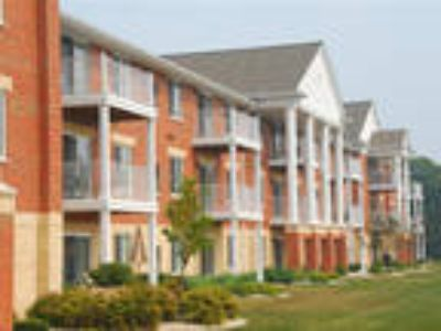 Highlands at Wildwood Lake Apartments 55+* - One BR, One BA with Den