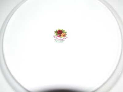 Vintage Royal Albert Old Country Roses 10 Dinner plates