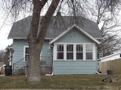 3 Bed 2 Bath Preforeclosure Property in Oshkosh, WI 54901 - W Bent Ave