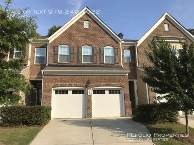 3 bedroom in Cary
