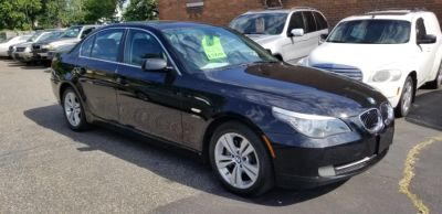 2009 BMW 5-Series 528xi (Jet Black)