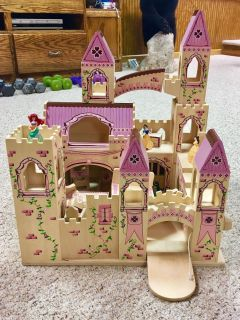 Melissa and Doug Folding Castle with furniture and assessories