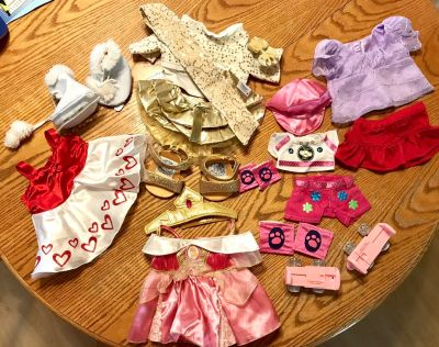 Mixed Lot of Build-A-Bear Outfits and Accessories