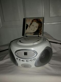 CD player and Radio. Both work great with Amy Grant CD. $10