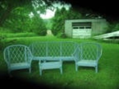 Vintage Five Piece Wicker Patio Furniture
