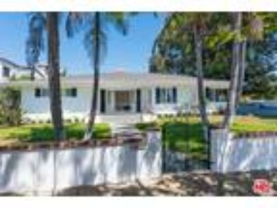 Four BR Two BA In Pacific Palisades CA 90272