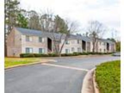 Forest Ridge - 3 BR Two and Half Bathrooms
