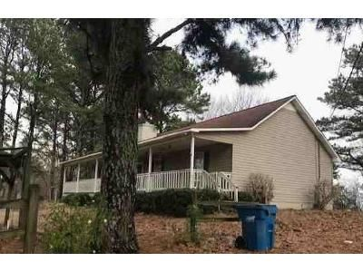 3 Bed 2 Bath Foreclosure Property in Guntersville, AL 35976 - Loper Ln