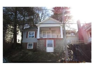 3 Bed 1.5 Bath Foreclosure Property in Tamaqua, PA 18252 - Cottage Ave.