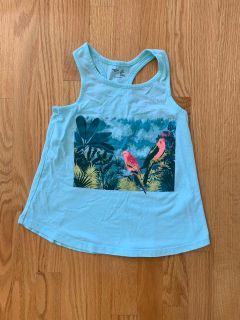 Gap Kids Flowy Tank Top Size: 6-7 FREE!!