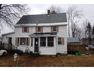 3 Bed 2 Bath Preforeclosure Property in Dover, NH 03820 - 6th St