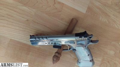 For Sale/Trade: EEA Tanfoglio Limited custom