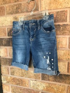 Pearl shorts size 10