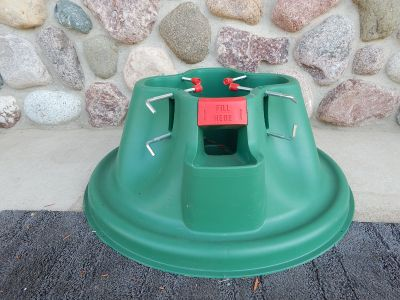 CHRISTMAS TREE STAND - HEAVY DUTY PLASTIC