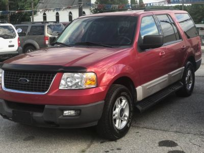 2003 Ford Expedition XLT Value (Laser Red)