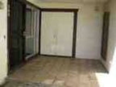 Townhouse Rental Home In Mesa