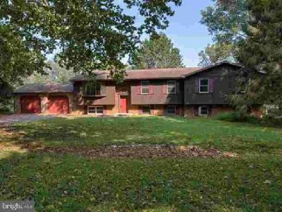 6033 River Rd Sharpsburg Four BR, Live like your on vacation.