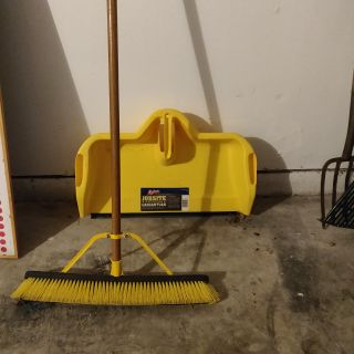 Jobsite Pushbroom and Dustpan