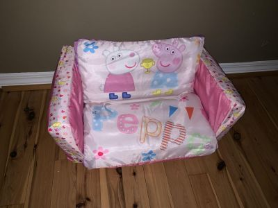 Inflatable Peppa Pig Couch