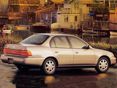 1995 Toyota Corolla LE (silver)