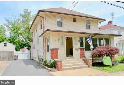 15 W Champlain Ave Wilmington Five BR, GREAT OPPORTUNITY!