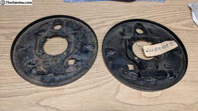 311 609 439B/440B, NOS rear backing plates