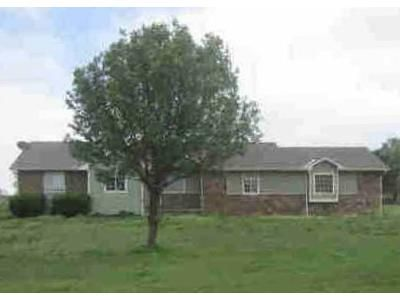 3 Bed 2 Bath Foreclosure Property in Valley Center, KS 67147 - W 81st St N