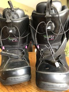 Snow Board Boots women s size 8
