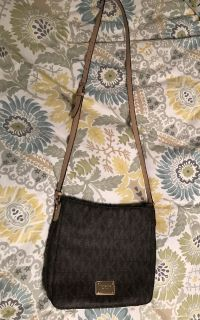 Michael Korrs crossbody purse
